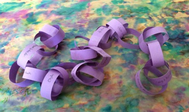 Lenten chain Janet photo